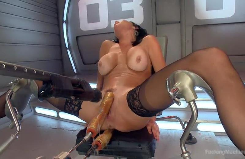 Veronica Avluv - Big Titted Anal Milf Squirts Everywhere (BDSM / Fuck Machine) [SD] - FuckingMachines.com/Kink.com