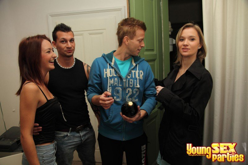 Mika, Angella - Hot Jocks Fuck Teen Cuties (Group / Students / Russian) [HD] - YoungSexParties.com