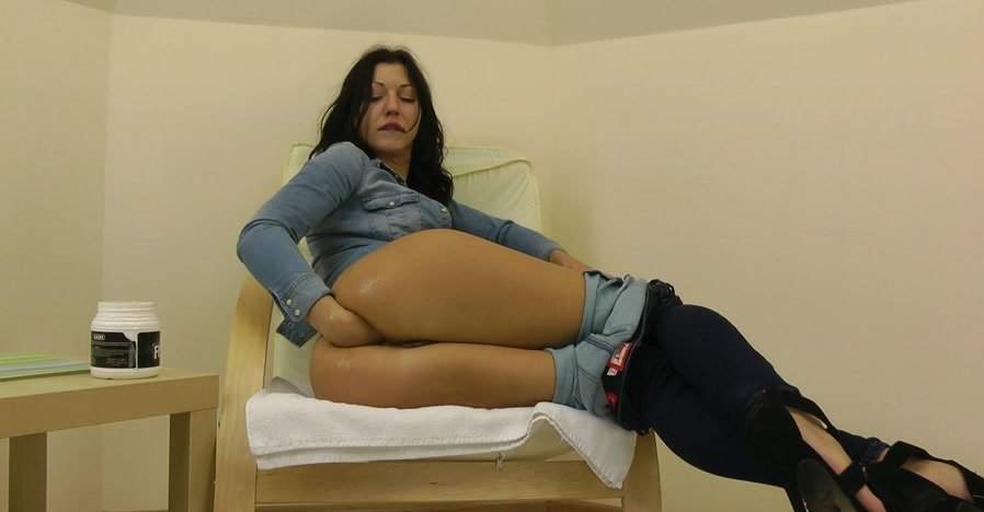 Hot Kinky Jo - Fisting in the jeans (Fisting / Prolapse) [FullHD 1080p] - Hotkinkyjo.xxx