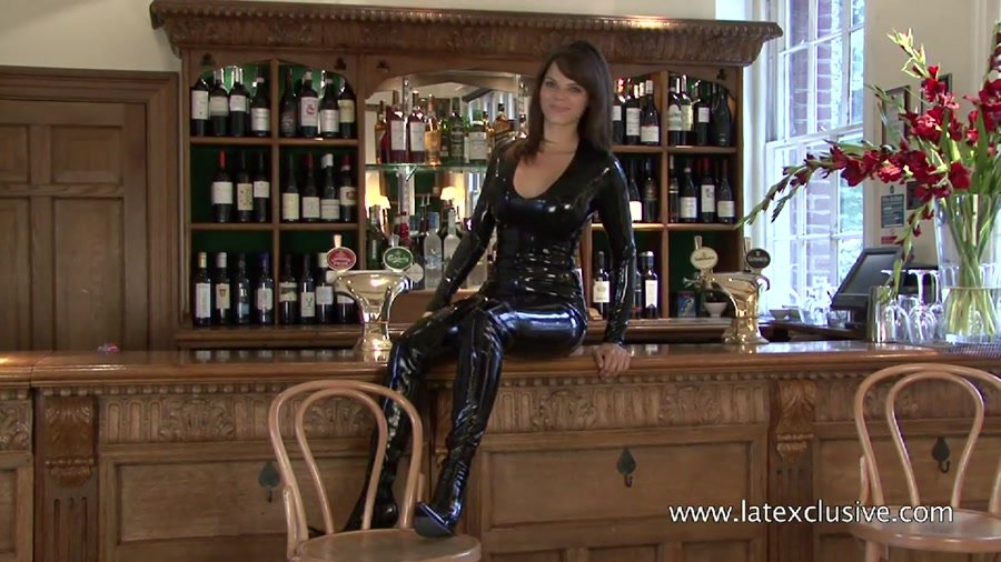 Jerri - Black Latex Catsuit (Ruber / Solo) [HD 720p] - Latexclusive.com
