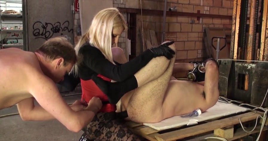 Natalie Black - The Bisexual Anal Slave (Femdom / Domination) [HD 720p] - KinkyMistresses.com