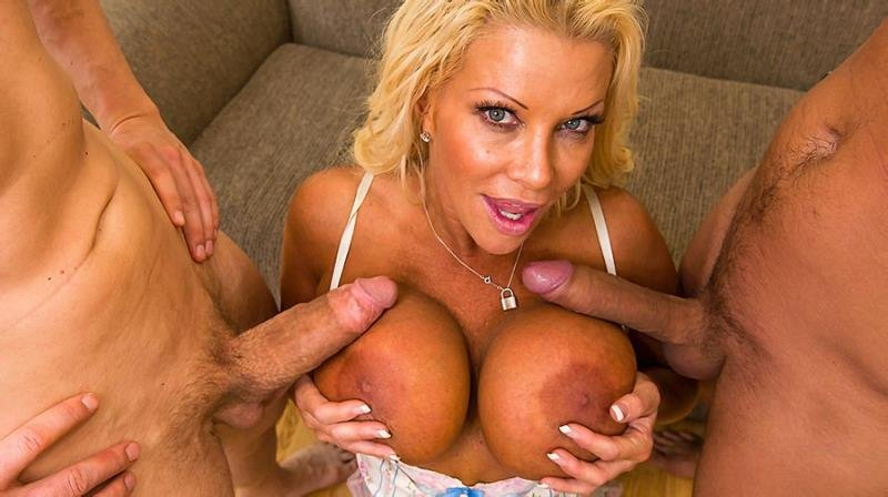 JR Carrington - She Loves In A Mouth And It Is Good (Anal / MILF) [SD 480p] - BigTitsAtWork.com/Brazzers.com