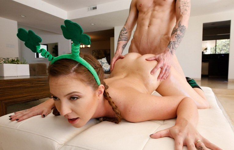 Maddy Oreilly - Shamrock Booty (Teen / Hardcore) [HD 720p] - TeenCurves.com