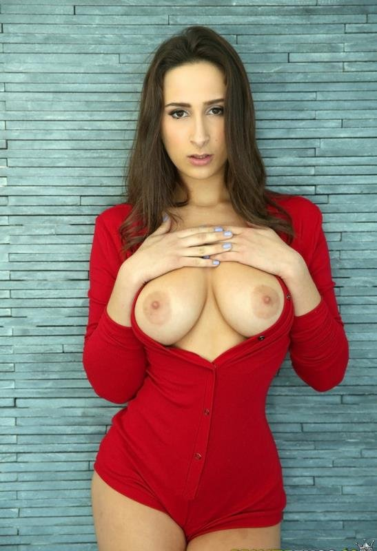Ashley Adams - Ashleys boobs (Asslick / Blowjob) [SD] - BigNaturals.com