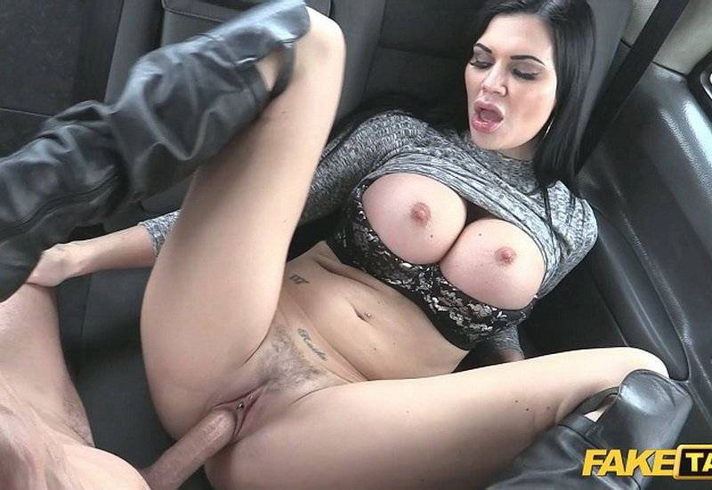 Jasmine Jae - E307 (Sex in Car / Big Tits) [FullHD] - FakeTaxi.com