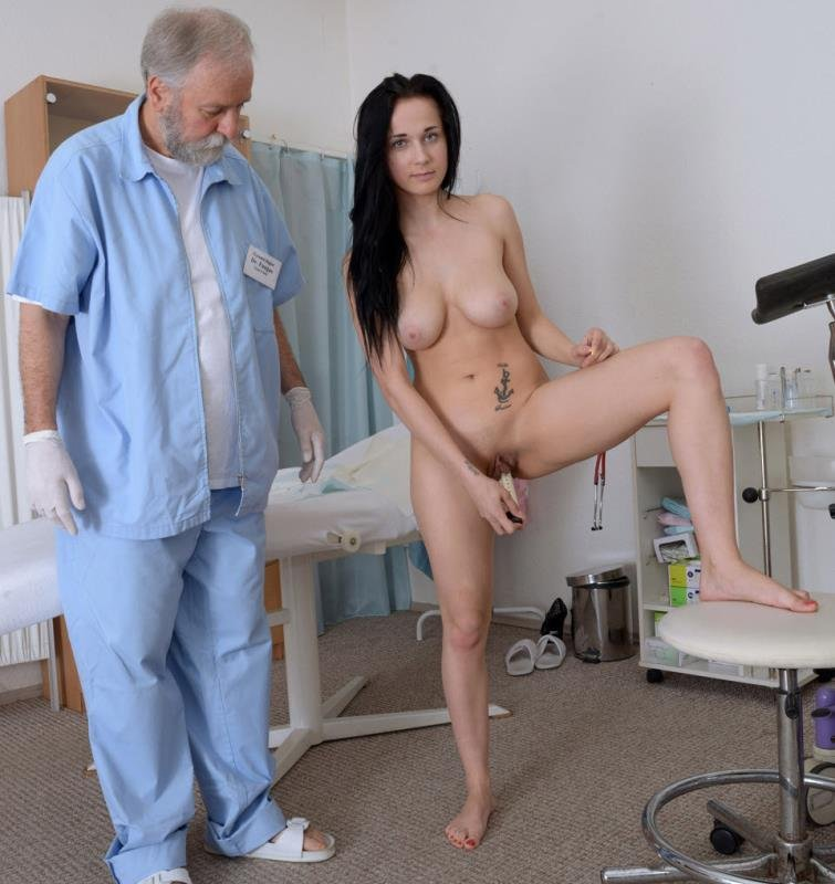 Nicole Love - 18 years girl gyno exam (Medical Fetish / Gyno Exam) [HD] - Gyno-X.com