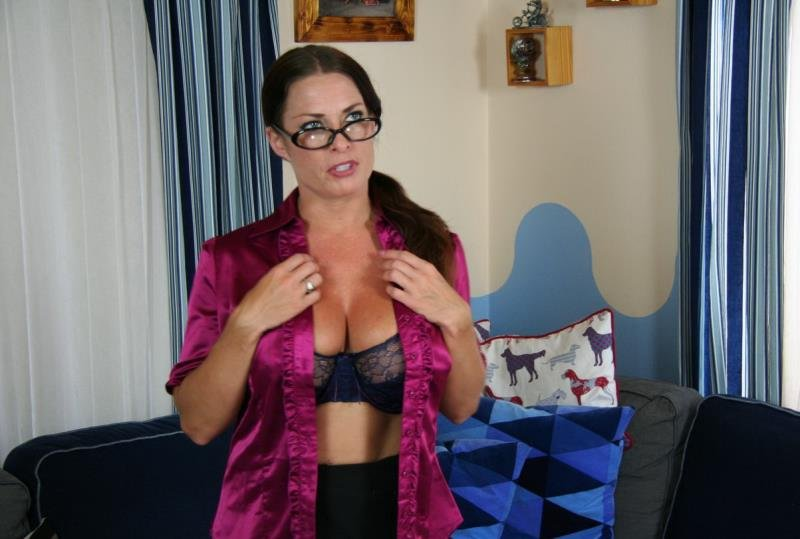 Goldie Blair - Mummys Good Boy (Incest / Mother) [HD] - Incestlove.com