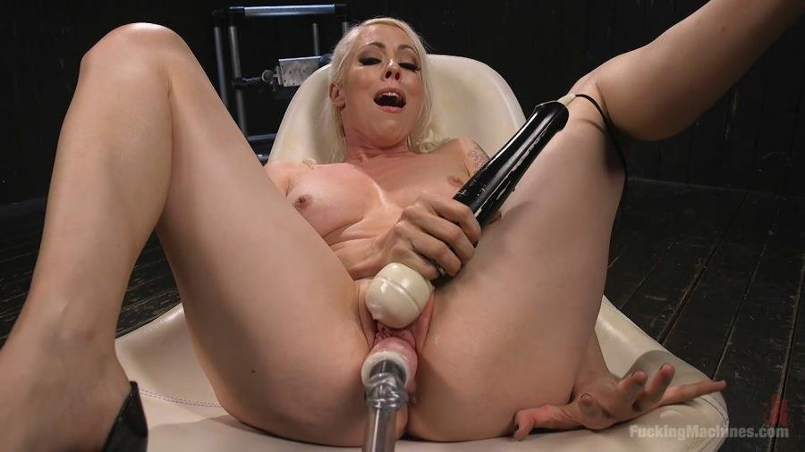 Lorelei Lee - Blonde Goddess Lorelei Lee is Double Penetrated with Machines!! (Fuck Machine / Masturbation) [HD 720p] - FuckingMachines.com