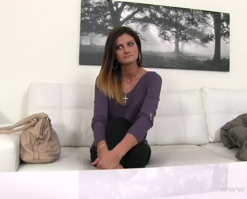 Eva Johnson - Skinny babe wants to be model (MILF / Casting) [FullHD] - FakeAgent.com