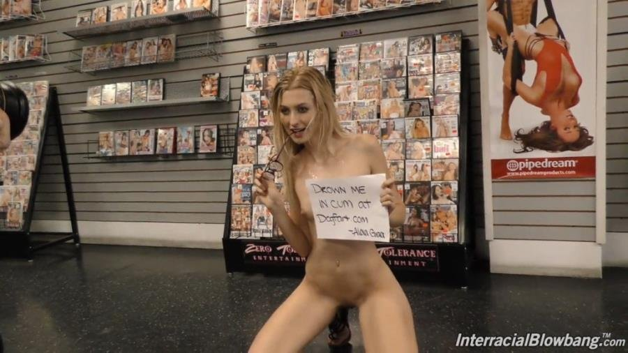 Alexa Grace - Behind The Scenes (Interview / Blonde) [HD 720p] - DogFartNetwork.com