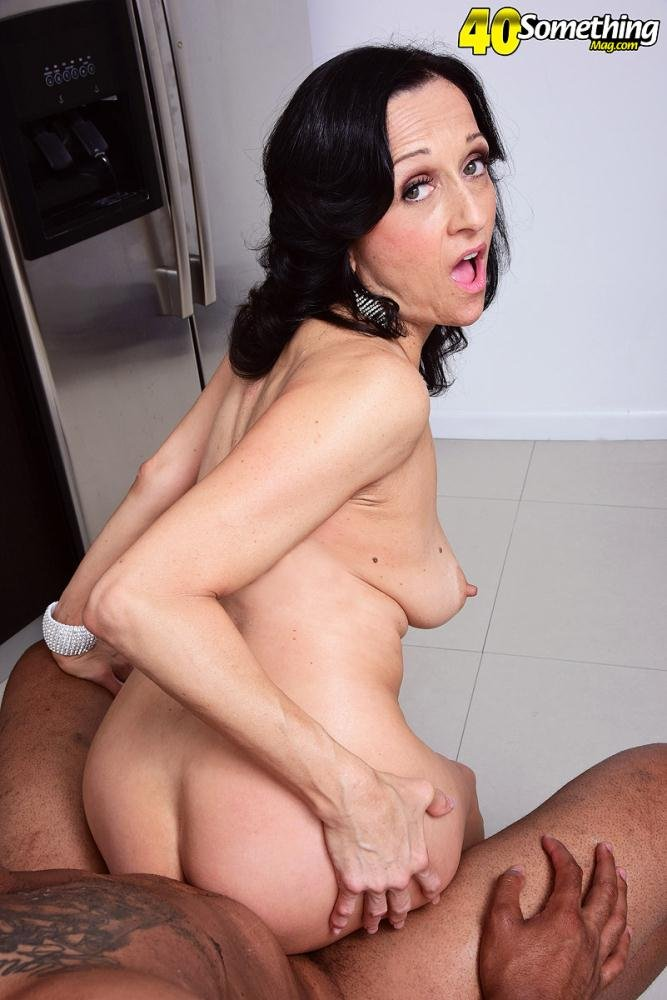 Karma Karson - Karma`s cookin` in the kitchen (MILF / Interracial) [FullHD 1080p] - ScoreHD.com