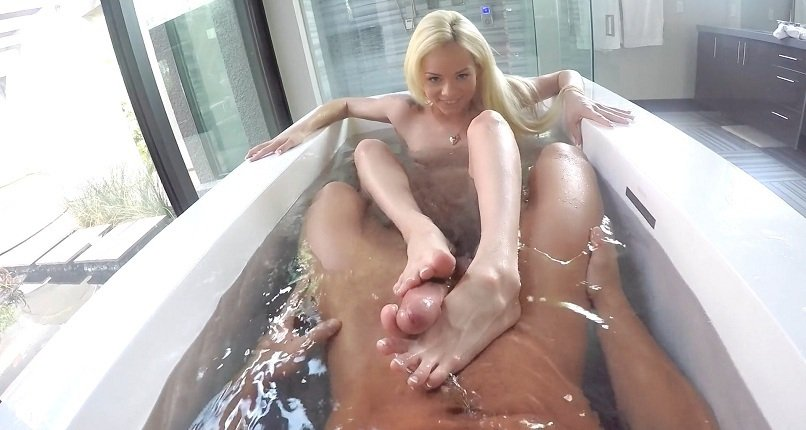 Elsa Jean - Bath For Two (Hardcore / Gonzo) [HD 720p] - POVD.com