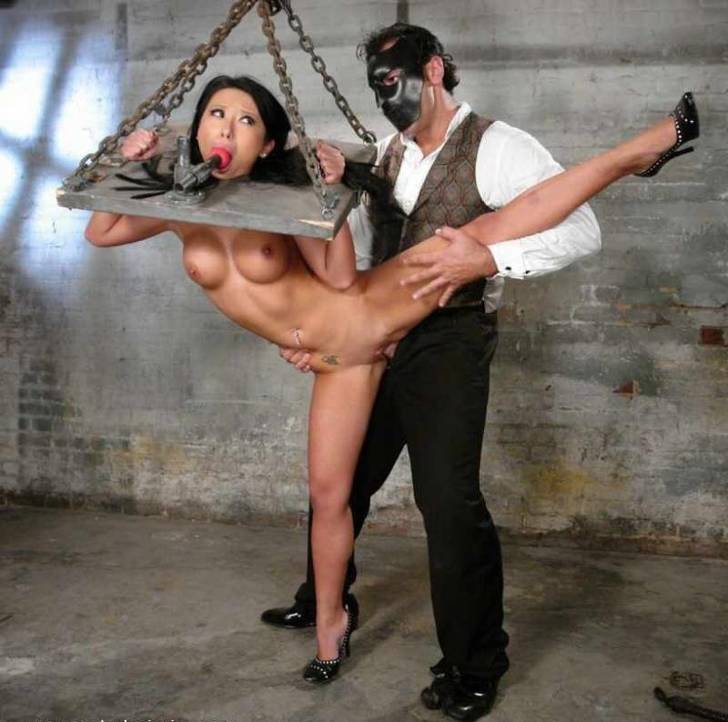 Soolin - Soolin kelter in bondage experience and fucked by magician (BDSM / Fetish) [HD] - Sexandsubmission.com
