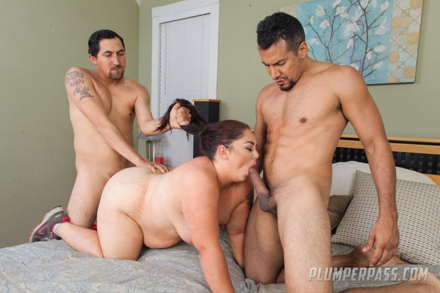 Vanessa London - Three For Yoga (BBW / Threesome) [SD] - PlumperPass.com