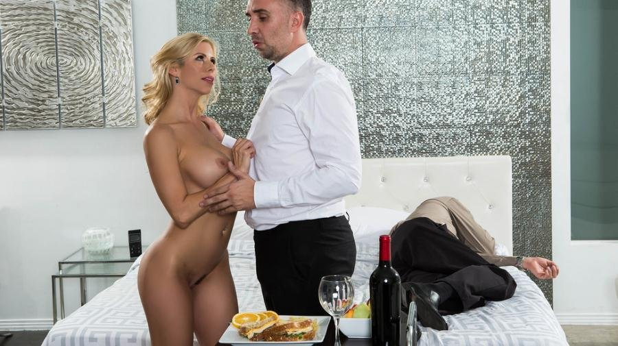 Alexis Fawx - While My Husband Was Passed Out (Big Tits / MILF) [SD] - Brazzers.com