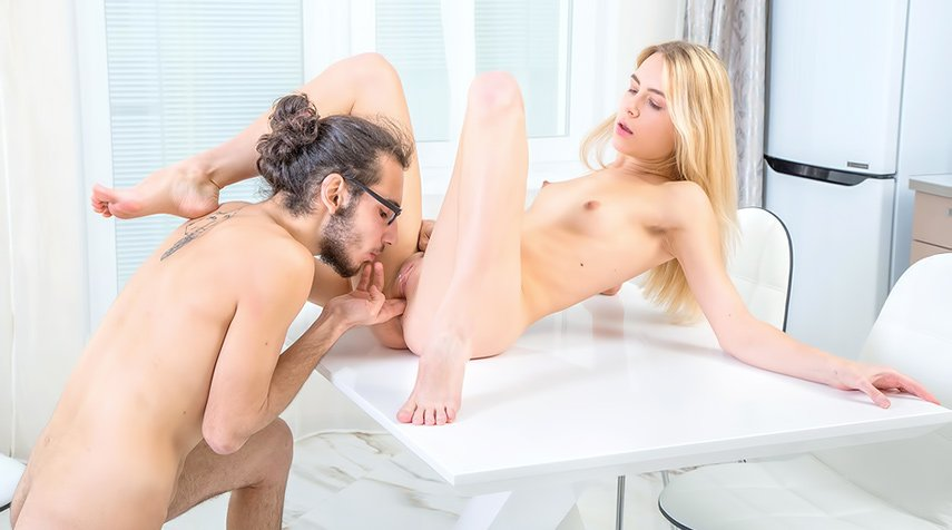 Alecia Fox - All sex desires come true (Teen / Blonde) [SD] - X-Angels.com