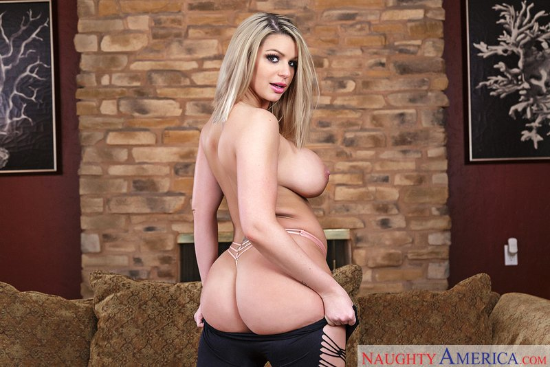 Brooklyn Chase - 22213 (Threesome / Big Tits) [SD] - MyFriendsHotGirl.com