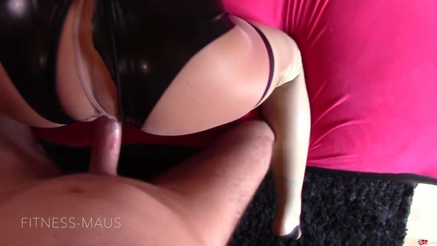 Fitness-Maus - Extra-Ladung Für Latex-Fotze (Germany / Amateur) [FullHD 1080p] - MyDirtyHobby