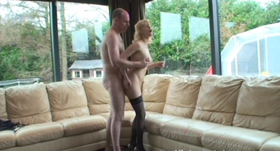 Kelly - A porn star's whish (Amateur / Czech Republic) [SD] - OldFartsYoungTarts.com