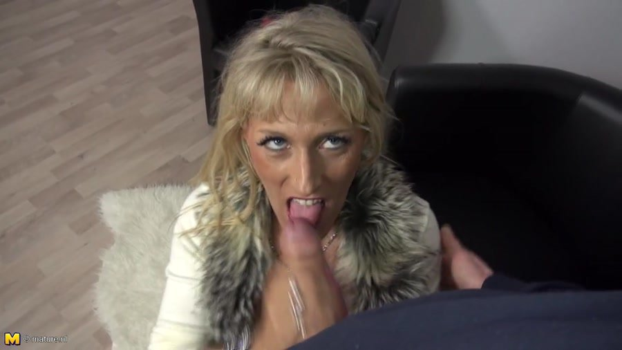 Lana Vegas - German Housewife Fucking And Sucking (Amateur / Germany) [HD 720p] - MyDirtyHobby