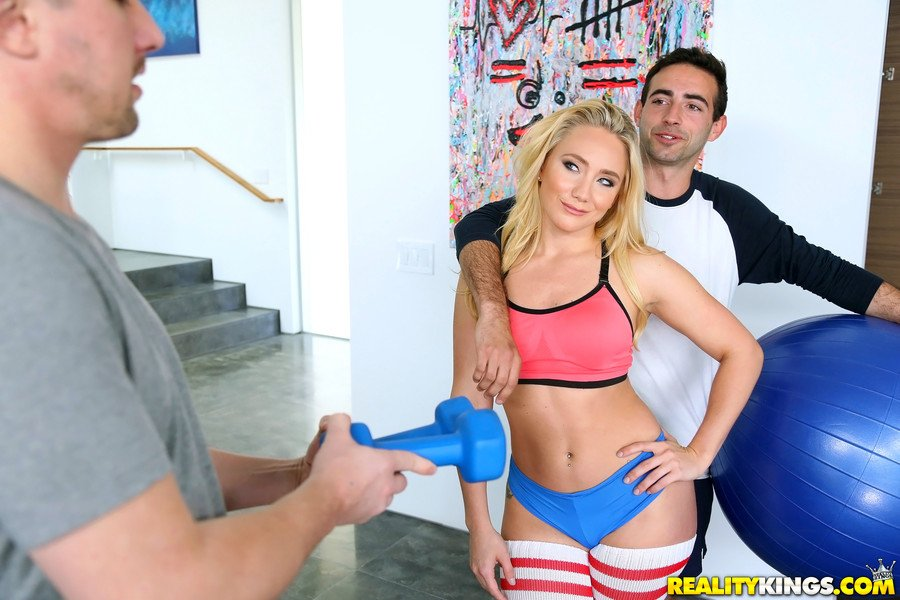 Aj Applegate - Ripe Apple (Big Ass / Blonde) [SD] - MonsterCurves.com