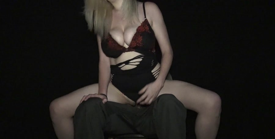 Courtney Scott - Lap Dance From Sister Goes Too Far (Incest / Blonde) [FullHD 1080p] - Clips4sale.com