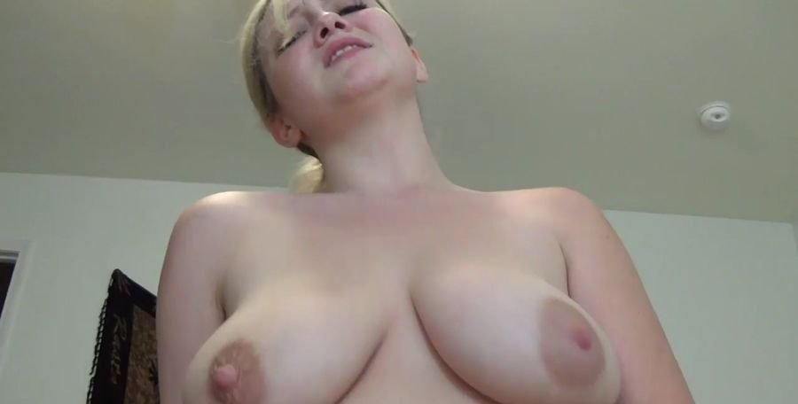 Courtney Scott - Mommy's Desperate (Incest / Blonde) [HD 720p] - Clips4sale.com