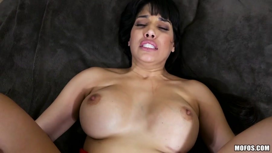 Mercedes Carrera - Mercedes And Her Magazine Sex Tips (Anal / Oil) [SD] - Mofos.com