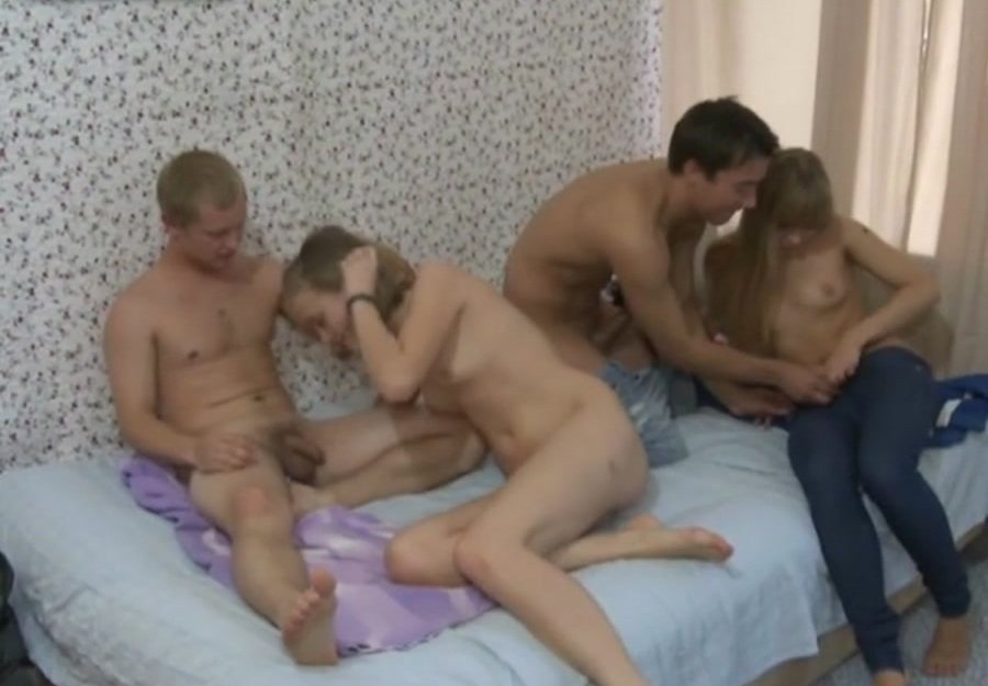 Russian Girls - Naive Teen Cuties Enjoy a Quick Foursome (Group / Amateur) [SD] - YoungSexParties.com