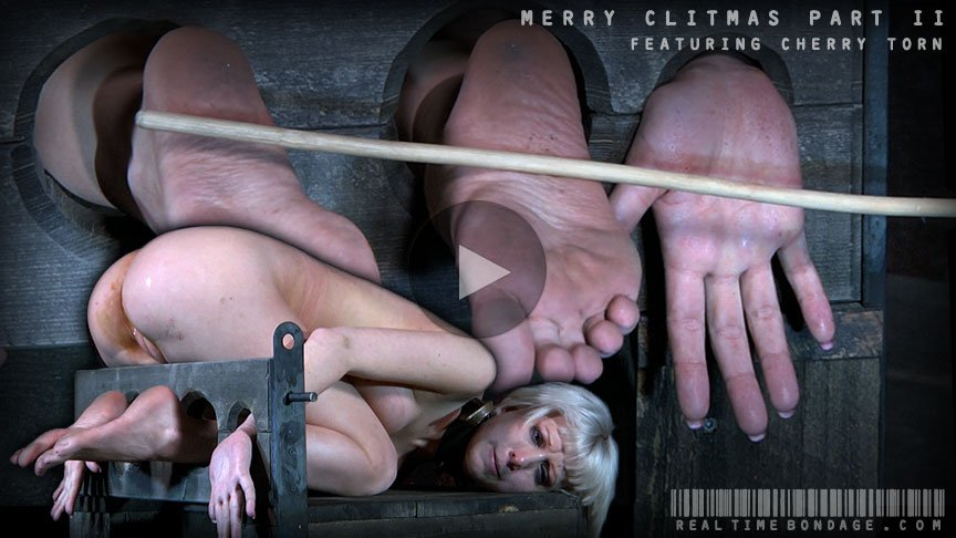 Cherry Torn, Intersec Crew - Merry Clitmas Part Two (BDSM / Bondage) [HD 720p] - RealTimeBondage.com