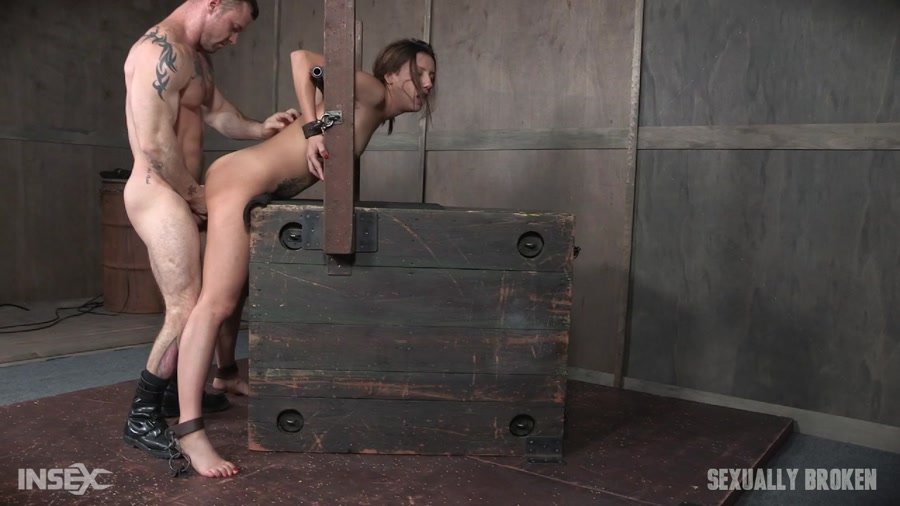 Sophia Grace - Part 2 / Sophia Grace April 14, 2017 (BDSM / Rough Sex) [HD 720p] - SexuallyBroken.com