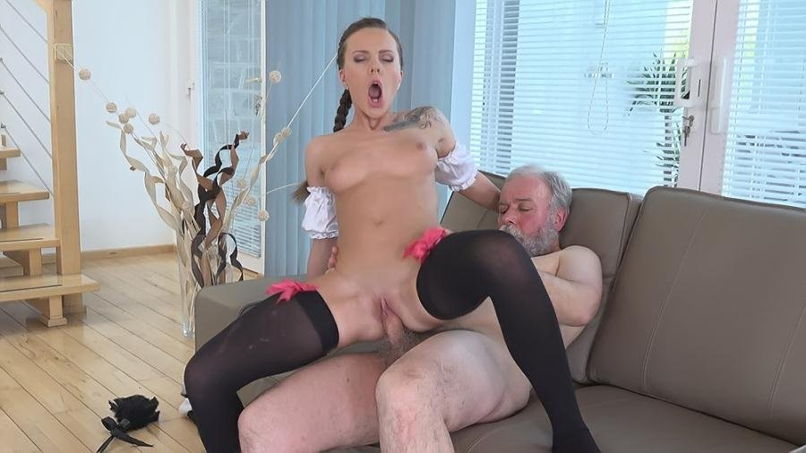 Lita Phoenix - Sexy Maid Cleans Her Old Master s Cock With Her Sweet Mouth (Old and Young / Teen) [SD] - OldGoesYoung.com