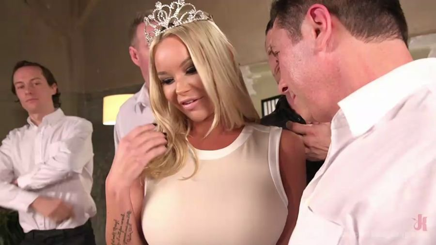 Rachele Richey - Miss Texas America, Stripped! (BDSM / Gangbang) [SD] - HardcoreGangBang.com