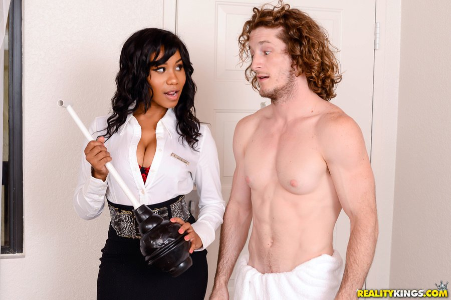 Jenna J Foxx - Room Service (Shower / Anal Play) [SD] - BigNaturals.com