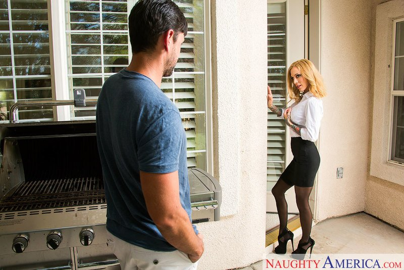 Sarah Jessie - 23227 (Blonde / Stockings) [SD] - NeighborAffair.com