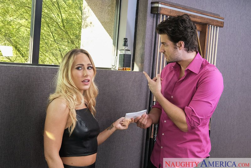Carter Cruise - 23027 (Blonde / Natural Tits) [SD] - DirtyWivesClub.com