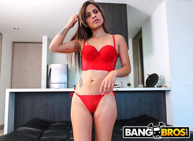 Valery Gomez - First Time In Front Of The Camera (Latina / Young) [SD] - BangBros.com