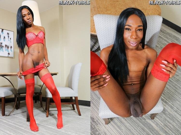 Coco - Coco Cums Hard! [HD] - Black-TGirls.com