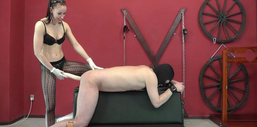 Mistress Anette - All the way in (Femdom / Strap-on) [HD 720p] - Cruel-Mistresses.com