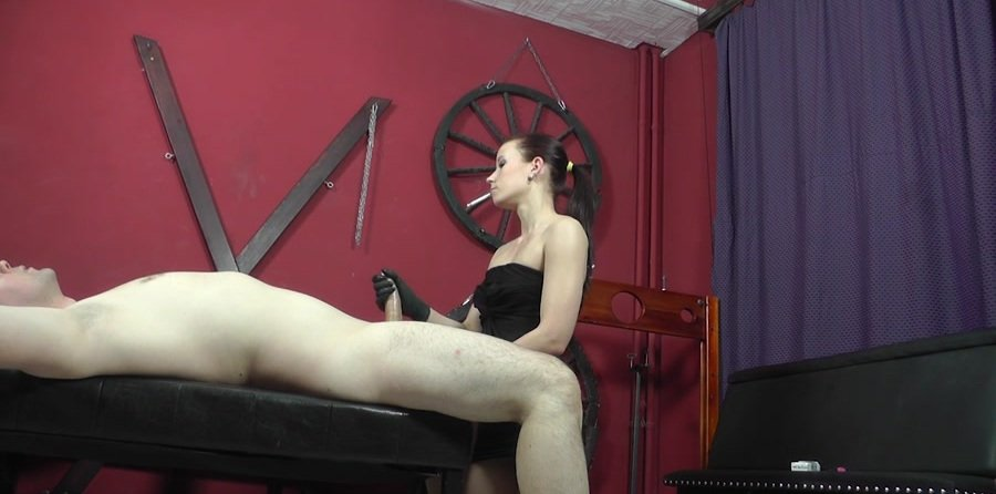 Mistress Anette - Blowing smoke on him (Humilation, Domination) [HD 720p] - Cruel-Mistresses.com