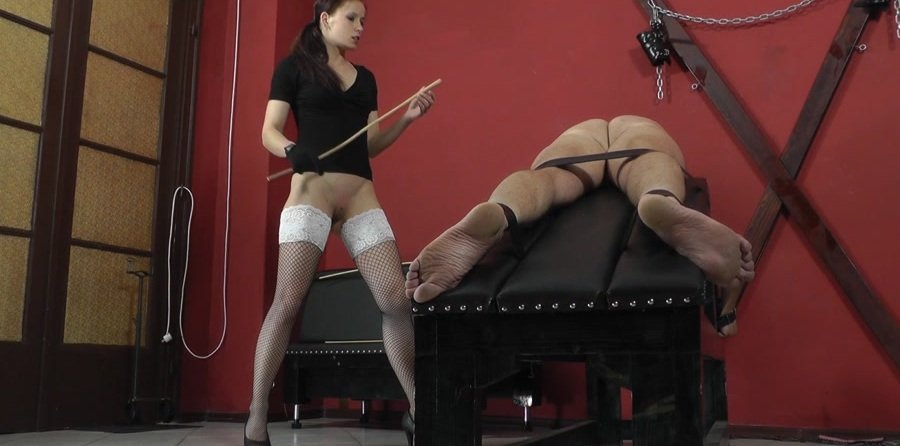 Mistress Anette - Vulnerable parts (Femdom / Domination) [FullHD 1080p] - Cruel-Mistresses.com