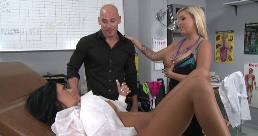 Memphis Monroe - Mason Moore, Doctor Vaggy Lessons (Big Tits / Blonde) [SD] - BigBoobs