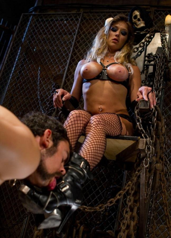 Felony - From Worthless To Worthy In Five Mistresses [HD] - Kink.com