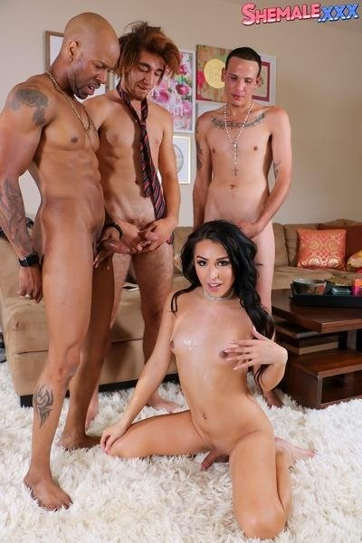 Chanel Santini - Chanel Santini - Chanel's Breathtaking Foursome Action! [HD] - Shemale.com