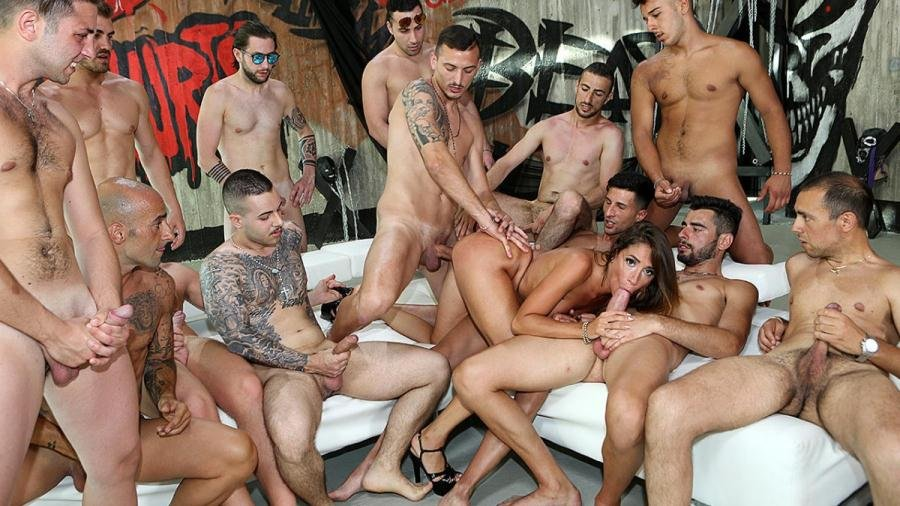 Malena - Malena against all the cocks (Gangbang, Anal) [FullHD 1080p] - PinkoClub.com