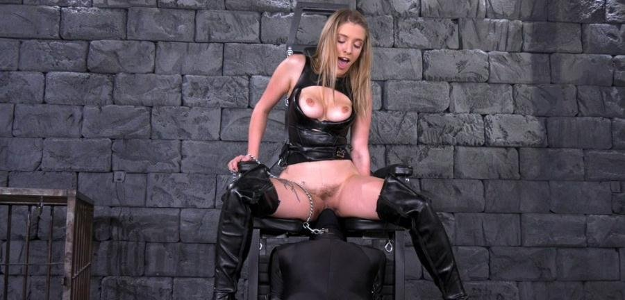 GISELLE PALMER - ORAL SLAVE (Femdom, Pussy Licking) [FullHD 1080p] - FemdomEmpire