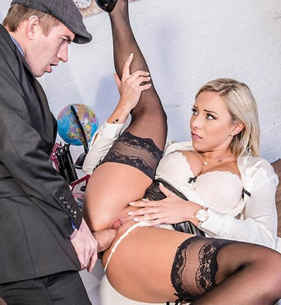 Lilli Vanilli - Putting It In Her Slot (Big Tits) [SD] - BigTitsAtWork.com/Brazzers.com