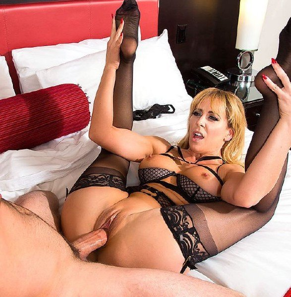 Cherie DeVille - Tonightsgirlfriend () [SD] - Tonightsgirlfriend