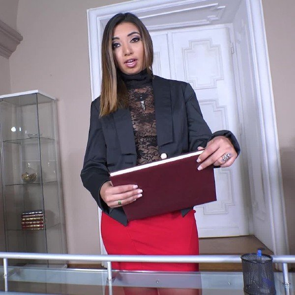 Frida Sante - Lascivious Secretary Sucks Boss (Blowjob) [SD] - OnlyBlowJob.com/DDFNetwork.com