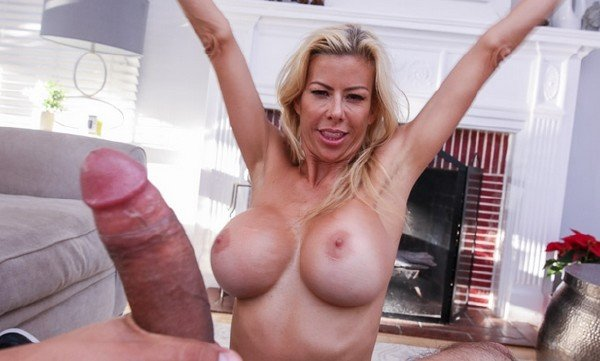Alexis Fawx - Stepmoms Friends With Benefits (Blowjob) [SD] - PervMom.com